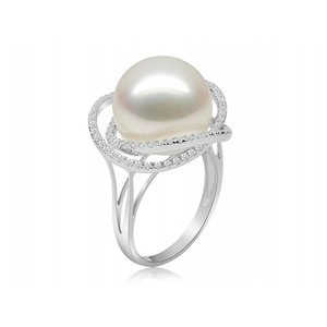 Winnoc Akoya Pearl and Diamond Rings
