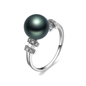 Rodolphe Tahitian Pearl and Diamond Ring