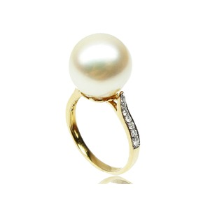 Zora South Sea Pearl and Diamond Ring