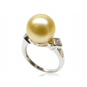 Marilou South Sea Pearl and Diamond Ring