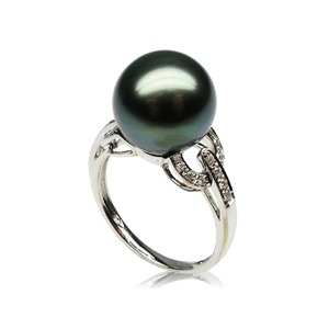Hermosa Tahitian Pearl and Diamond Ring