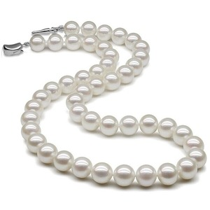 8.5-9.0 mm Natural White Hanadama Akoya Pearl Necklace