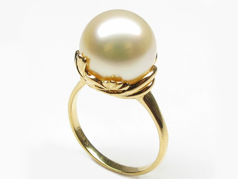 White Pearl Ring Mm Ring